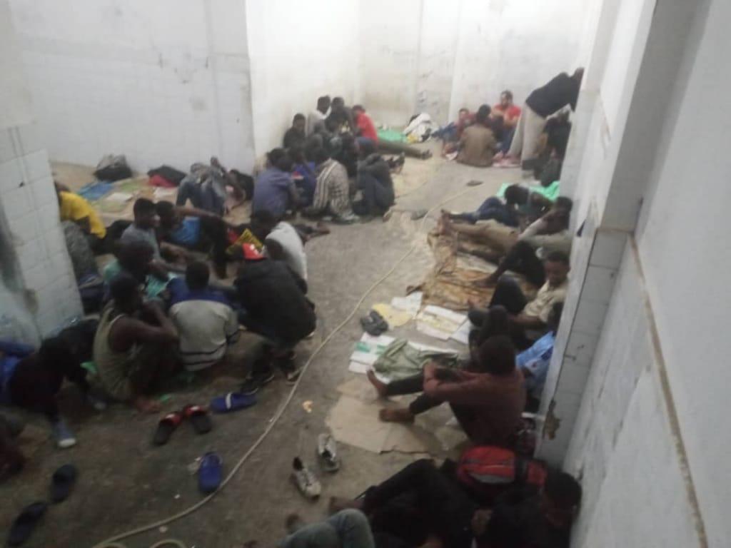 صورة للشباب المحتجزين
