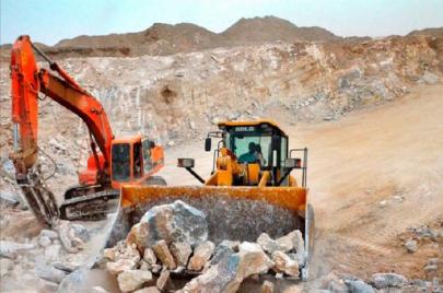 62 موظفًا سودانيًا يدفعون باستقالات جماعية من شركة تعدين أجنبية