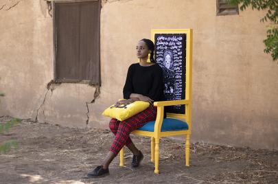 صورة المرأة السودانيّة في رسومات آلاء ساتر