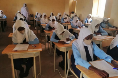 كورونا مرة ثانية.. مدارس تعلِّق الدراسة والحكومة تنفي شائعات الإغلاق